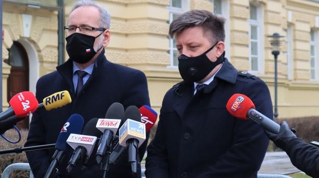 Adam Niedzielski i Michał Dworczyk po spotkaniu w KPRM /Piotr Szydłowski /RMF FM