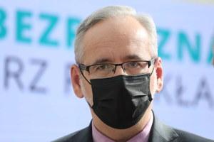 Adam Niedzielski ostrzega: Środowa liczba zakażeń oznacza, że pandemia jest realnym zagrożeniem