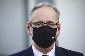 Adam Niedzielski: Polska nie zamierza wstrzymywać szczepień AstraZenecą