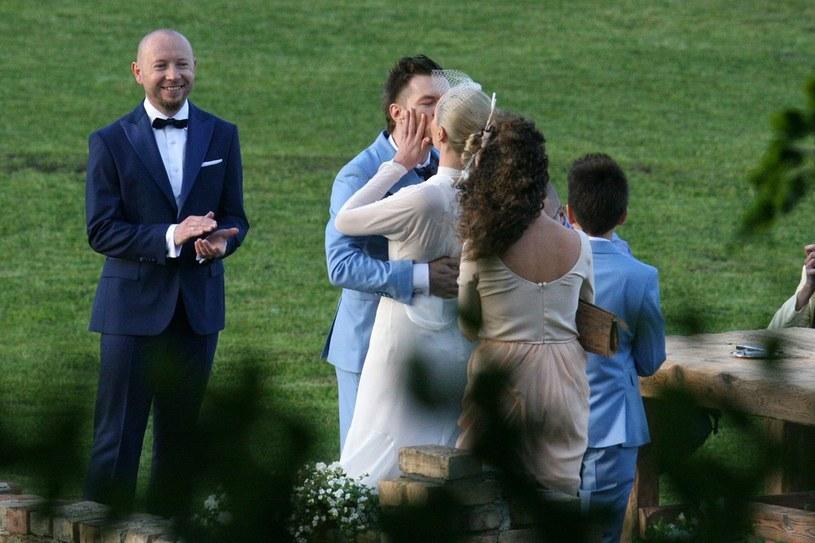 Adam Sztaba i Dorota Szelągowska w dniu ślubu /Marcin Gadomski /East News
