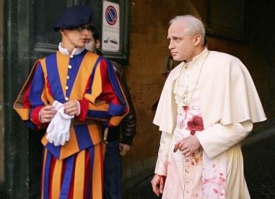 Adamczyk tuż po scenie zamachu na papieża /AFP