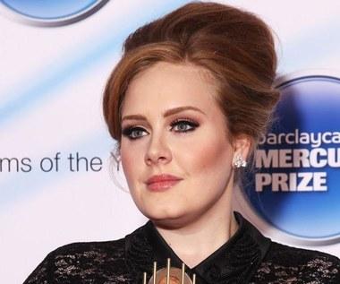 Adele a za nią przepaść