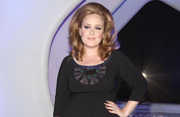 Adele obecnie leczy nadwyrężone struny głosowe - fot. Christopher Polk /Getty Images/Flash Press Media