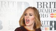 Adele zaprosiła na scenę fankę, która była... nominowana do Grammy