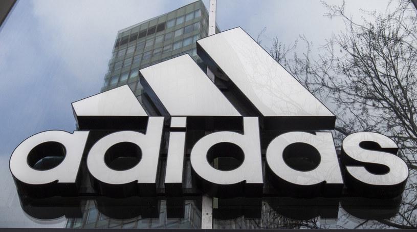 Adidas - logo /AFP