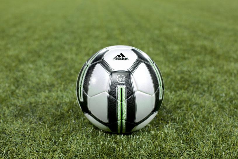 Adidas miCoach Smart Ball /materiały prasowe