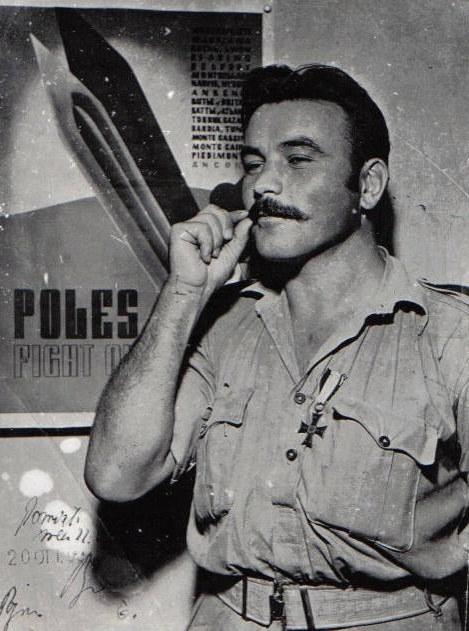 """Adolf """"Bolko"""" Kantor został odznaczony za bohaterską walkę na froncie włoskim /INTERIA.PL"""