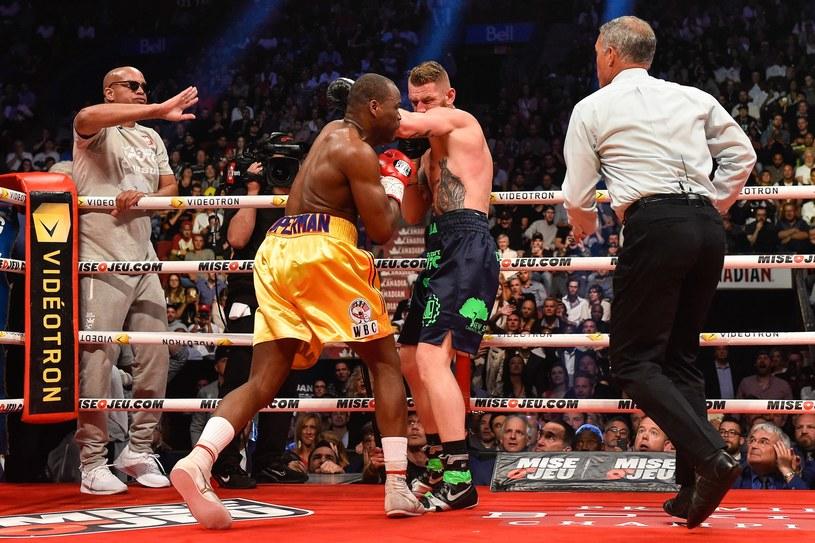 Adonis Stevenson pokonał Andrzeja Fonfarę przez techniczny nokaut /AFP