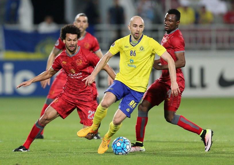 Adrian Mierzejewski lubi egzotyczne ligi. Zanim trafił do Australii występował w Arabii Saudyjskiej oraz Zjednoczonych Emiratach Arabskich /AFP
