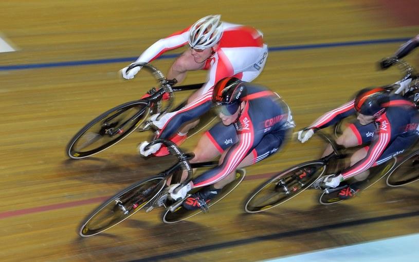Adrian Tekliński (z lewej) podczas wyścigu /AFP