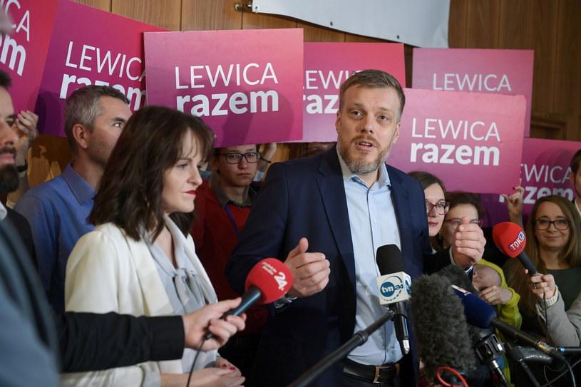 Adrian Zandberg podczas kongresu Lewicy Razem / Marcin Obara  /PAP