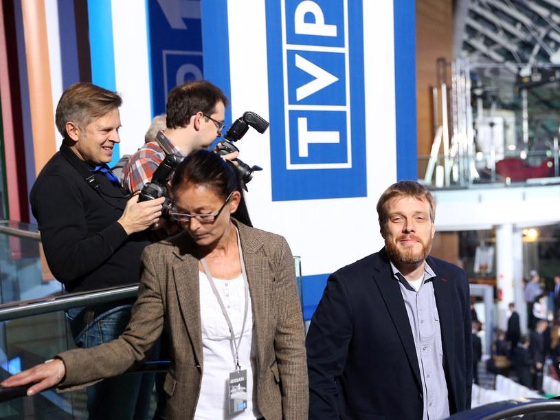 Adrian Zandberg w siedzibie TVP /Krystian Maj /Agencja FORUM