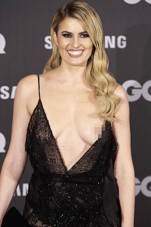 Adriana Abenia pozowała z odsłoniętą piersią /Carlos Alvarez /Getty Images