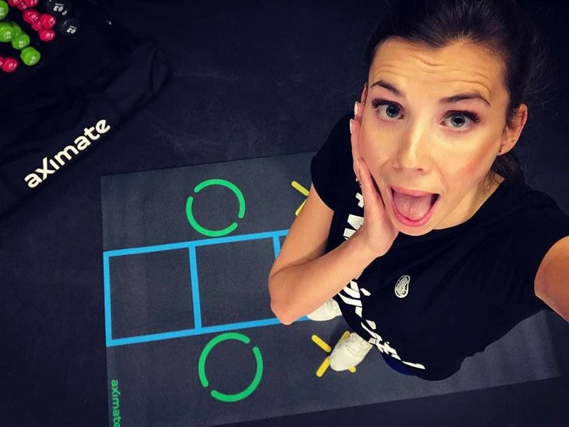 Adrianna Palka zaprasza na trening, który pomoże wam wyrzeźbić brzuch. Fot. #WEŹPOTRENUJ dla /INTERIA.PL