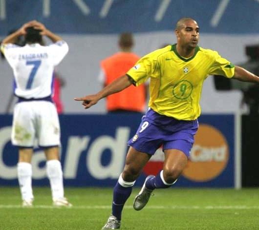 Adriano pokazał, że jest wart każdych pieniędzy /AFP