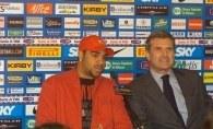 Adriano (z lewej) z Giacinto Facchettim, prezesem Interu /www.inter.it