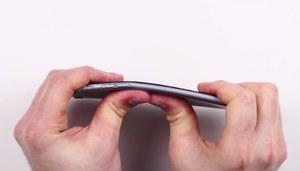 Afera bendgate - Apple odpowiada na zarzuty