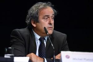 Afera w FIFA. Platini wezwał Blattera do rezygnacji