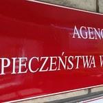 Afera z handlem paliwami - 100 milionów złotych strat. ABW zatrzymała cztery osoby