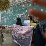 Afganistan: Protest kobiet talibowie rozpędzili strzałami w powietrze