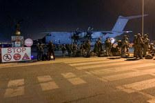 Afganistan: W kole wojskowego samolotu znaleziono ludzkie zwłoki