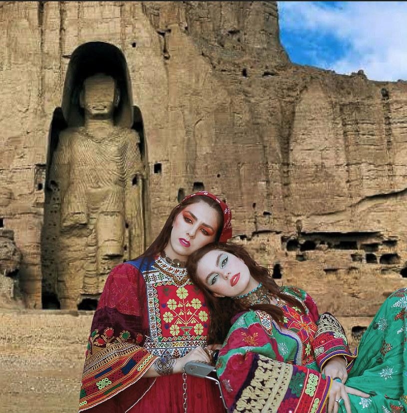 Afganki nie mają zamiaru poddać się rygorystycznym zasadom ubioru, do których przestrzegania zmuszają je talibowie /Abaca/ABACA    /East News