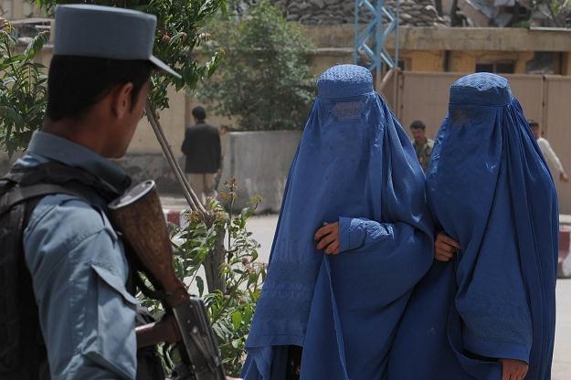 Afgańskie kobiety boją się utraty praw /AFP