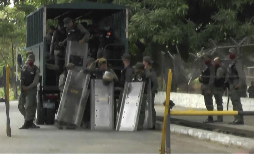 AFP: 47 zabitych podczas buntu w więzieniu w Guanare w Wenezueli /AFPTV  /AFP