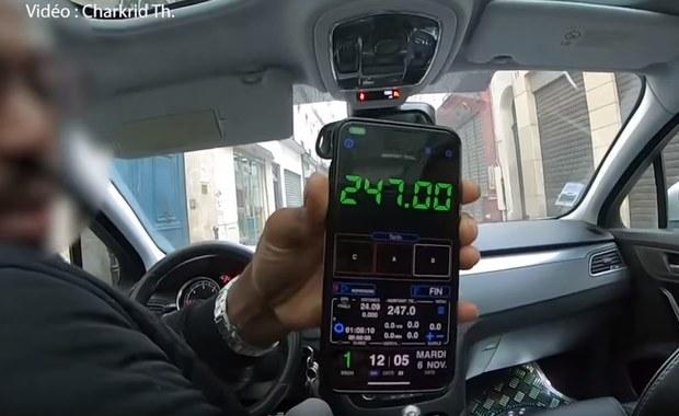 Afrykański imigrant udawał taksówkarza. Został skazany za próbę porwania