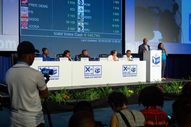 Afrykański Kongres Narodowy (ACN) wygrał  środowe wybory parlamentarne /YESHIEL PANCHIA /PAP/EPA