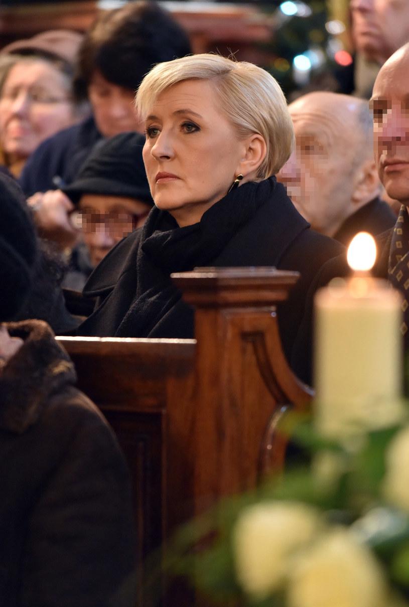 Agata Duda uczestniczyła w pogrzebie księdza Mieczysława Malińskiego /Artur Barbarowski /East News