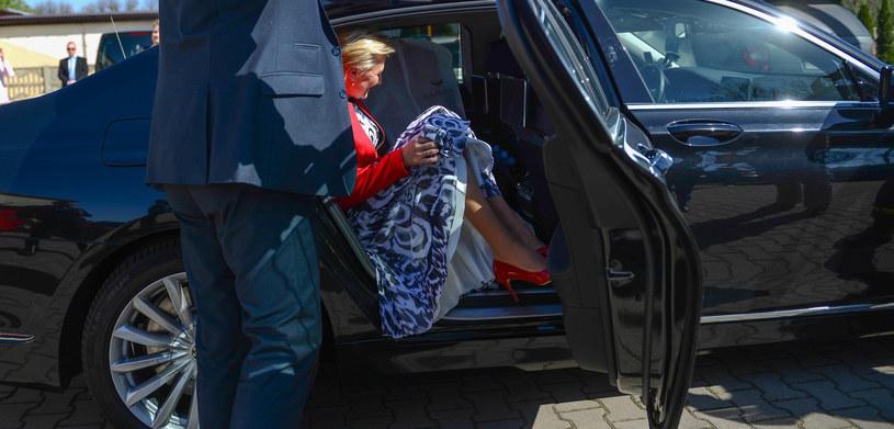 Agata Kornhauser-Duda w sukience od Eli Piorun. Żakiet stworzyła inna projektantka /Adam Staśkiewicz /East News