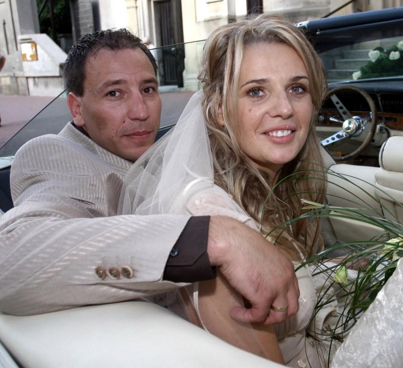 Agata Mróz i Jacek Olszewski w dniu ślubu, 2007 r. /Robert Szwedowski /East News