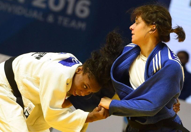Agata Perenc (z prawej) jest na dobrej drodze, by w przyszłym roku wystartować w Tokio. /AFP