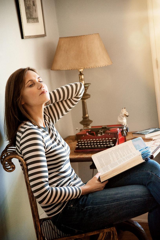 Agata przeczytała ponad  1000 amerykańskich  scenariuszy, zanim  odważyła się pisać  własne  /Grażyna Saniuk-Woźniak /Twój Styl