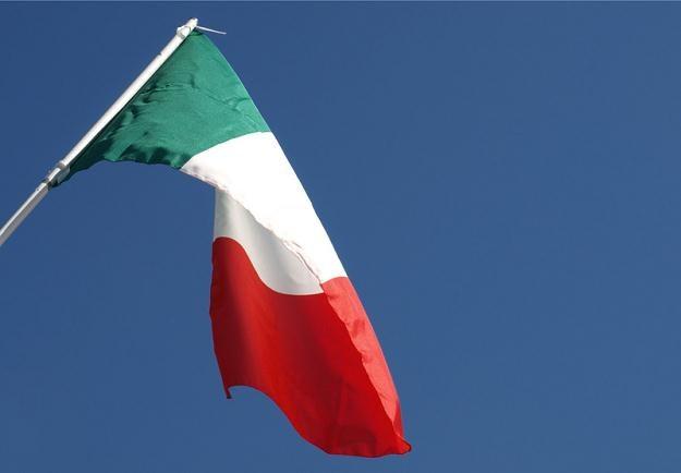 Agencja Moody's obniżyła rating Włoch z A3 do Baa2 /© Panthermedia