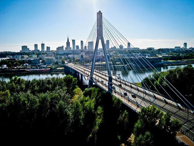 Agencja Moody's podwyższyła perspektywę ratingu kredytowego Warszawy /©123RF/PICSEL