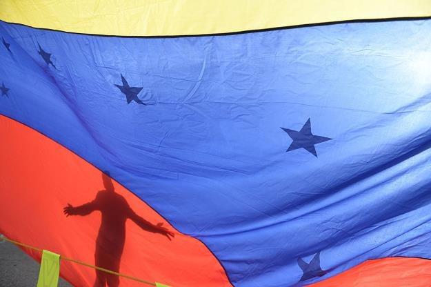 """Agencja Standard & Poor's ogłosiła """"częściową niewypłacalność"""" Wenezueli /fot. Federico Parra /AFP"""