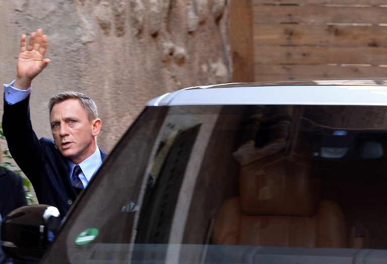 Agent 007 jest tez dobroczyńcą, zdj. ilustracyjne /BLAISE KALFALA /AFP
