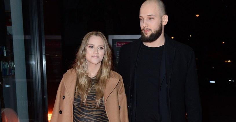 Agnieszka Kaczorowska jest żoną tancerza Macieja Peli /Mateusz Jagielski /East News