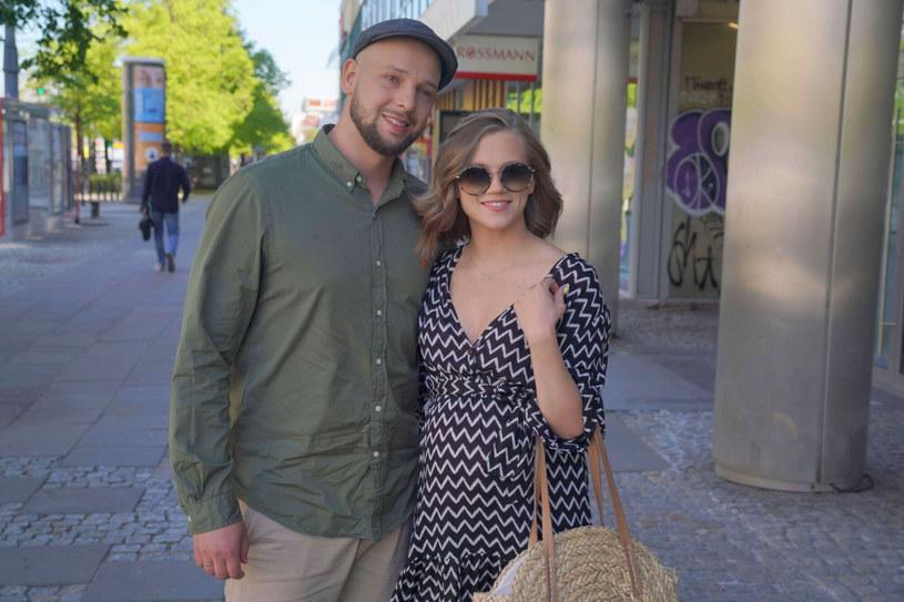 Agnieszka Kaczorowska ma coraz większy brzuszek. /Tricolors /East News