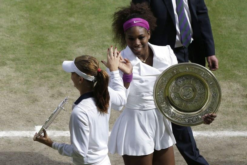 Agnieszka Radwańska i Serena Williams po zeszłorocznym finale /AFP