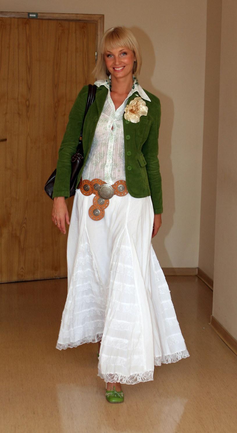 Agnieszka Szulim w boho stylizacji z 2005 roku /Piotr Fotek/REPORTER /East News