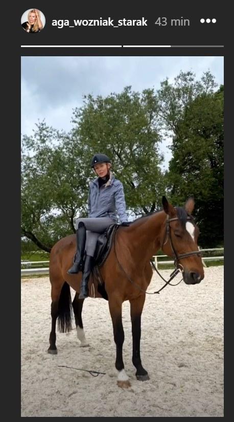 Agnieszka Woźniak-Starak uczy się jeździć konno /Instagram/@aga_wozniak_starak /Instagram