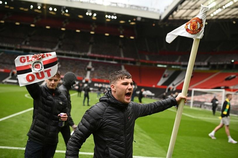 Agresywni fani Manchesteru United /AFP/AFP OLI SCARFF /AFP