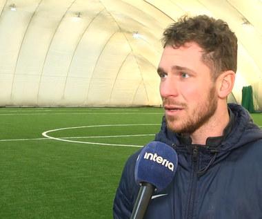 Akademia Młodego Piłkarza. Mateusz Paturaj Naszym celem jest doskonalenie zdolności techniczno-taktycznych. Wideo