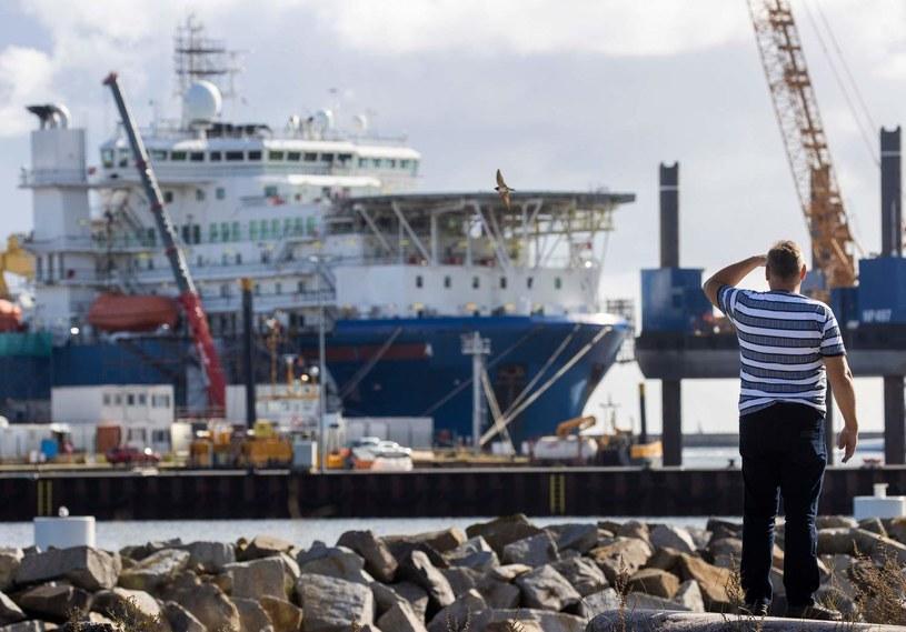 Akademik Czerski - statek do układania gazociągu Nord Stream - w Sassnitz na Rugii