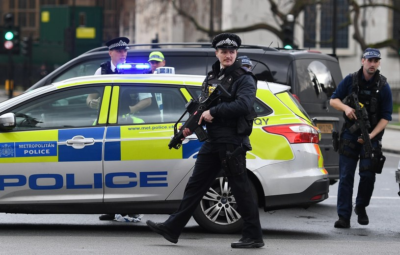 Akcja policji tuż po ataku w Londynie /PAP/EPA