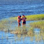 Akcja poszukiwawcza na jeziorze Sarbsko. Świadek: Do wody spadł niewielki samolot