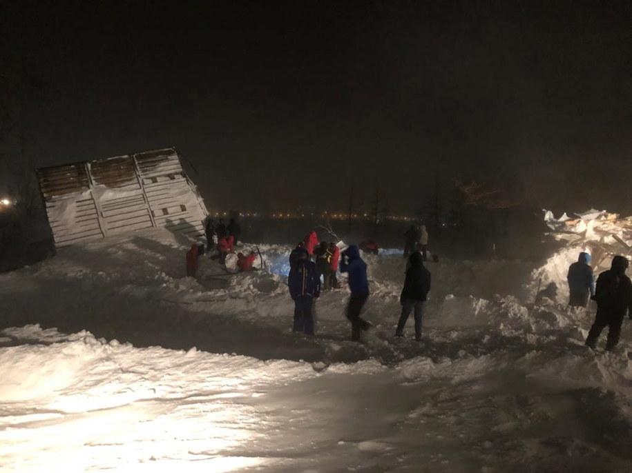 Akcja ratownicza trwała kilkanaście godzin /EMERCOM OF RUSSIA PRESS SERVICE /PAP/EPA